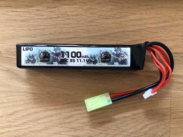 LIPO 11.1 STICK - 1100 MAH - VELUWE AIRSOFT-0