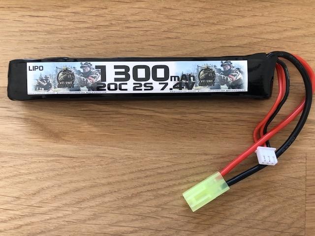 LIPO 7.4 STICK - 1300 MAH - VELUWE AIRSOFT-0